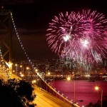 Fireworks-light-up-San-Francisco-Bay